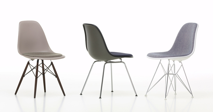 Eames-Plastic-Chair-Group_895551_master.jpg